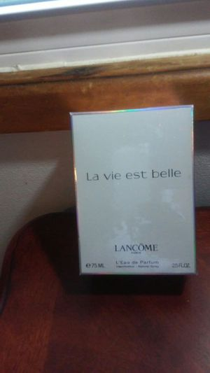 La vie est belle lancome paris for Sale in Columbus, OH