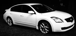 Clean CarFax 2007 Nissan Altima Automatic trasmission for Sale in Jacksonville, FL