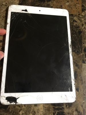 iPad For Cheap for Sale in Baltimore, MD