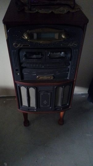 Teac brand nostalgia radio, casset, and vinil record player also plays cds for Sale in Chula Vista, CA