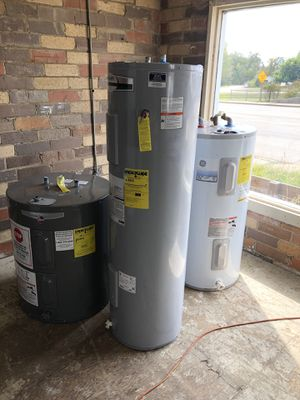 Whirlpool Electric Water Heater for Sale in York, SC