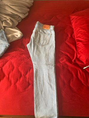 6 pairs of jeans 1 didn't get space for pictures but I'll leave those for free for Sale in Hayward, CA