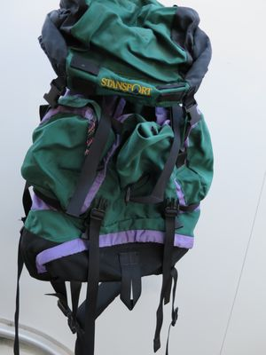 Large hiking backpack for Sale in Pismo Beach, CA