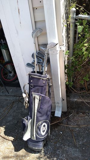 Pro kennex destiny oversize golf clubs with bag for Sale in St. Louis, MO