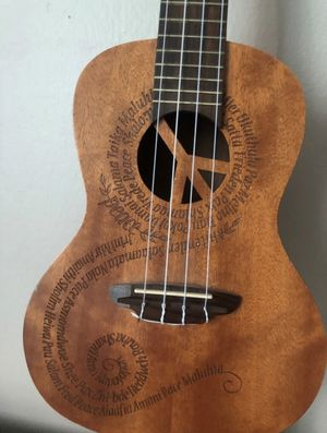 Ukulele Maluhia Peace Concert w/ Gigbag for Sale in Willowbrook, IL