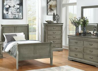 Louis Philip Gray Youth Sleigh Bedroom Set *** for Sale in Fort Worth,  TX