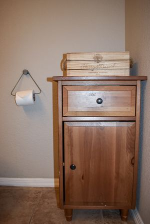 Small Cabinet Shelf for Sale in Phoenix, AZ