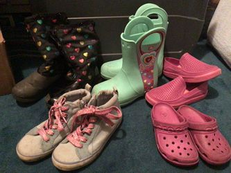 Girls Shoes, Crocs, GAP.. Totes Rain Boots FREE(w Purchase) for Sale in Oakland,  CA