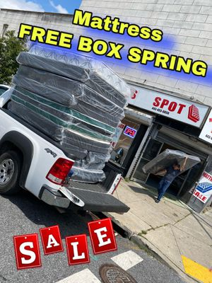 Mattress🤩FREE BOX SPRING💥SAME DAY DELIVERY‼️443-455-o856 for Sale in Washington, DC