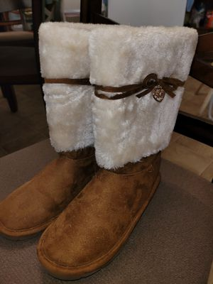 Michael Kors kids boots size 2 for Sale in Suffolk, VA