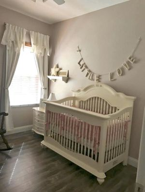 Baby cache Chantal crib and toddler bed for Sale in Largo, FL