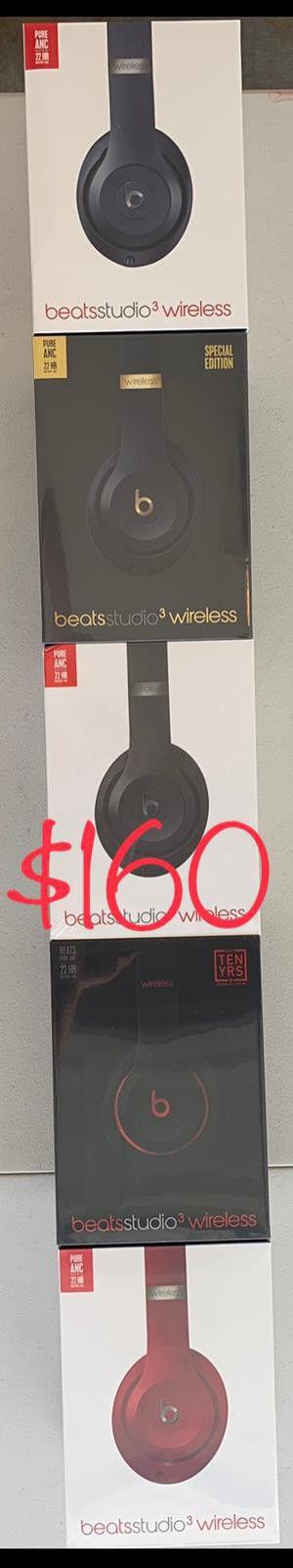 Beat studio 3 authentic headphones wireless brand new sealed box for Sale in Las Vegas, NV