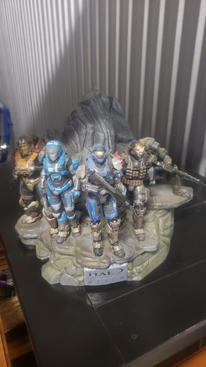 Halo Reach Legendary Edition Noble Team Statue - collectible - figurine for Sale in Rolling Meadows, IL