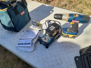 18V DRILL EXTRA BATTERY CHARGER & BAG WORKS EXCELLENT for Sale in Sacramento, CA
