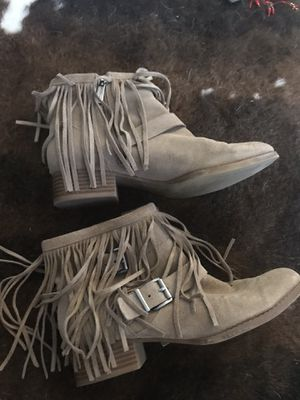 BCBG Fringed suede booties - women size 7 for Sale in Danbury, CT