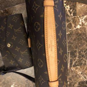 Louis Vuitton Sling Bag for Sale in Parsons, KS