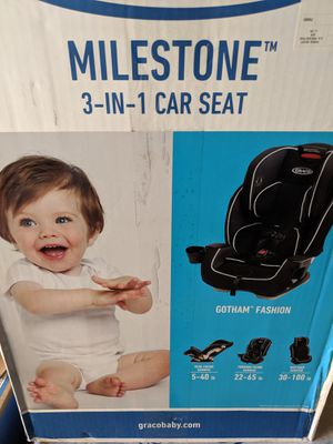 Graco Milestone 3-in-1 Car seat up to 100 lbs for Sale in Plano, TX