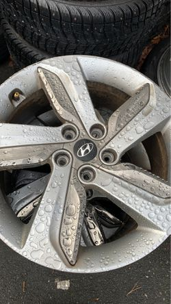 """18"""" hyundai used wheels on sale 5x114.3 aluminum for Sale in Milwaukie,  OR"""