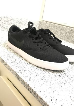 Nike shoes size 9.5 for Sale in San Diego, CA