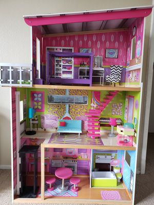 Doll house for girls for Sale in Pleasanton, CA