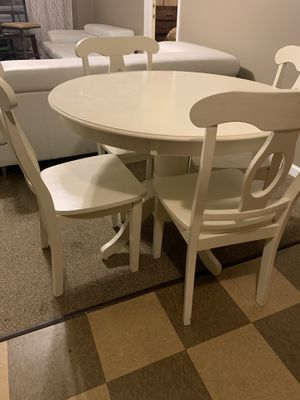 Kitchen table and four chairs for Sale in Murfreesboro, TN