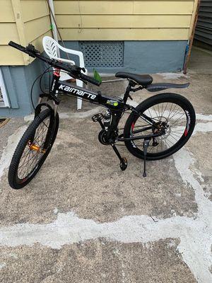 26 inch bike easy to fold for Sale in Paterson, NJ