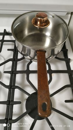 Stainless steel 3 quart pot with copper handle for Sale in Stamford,  CT