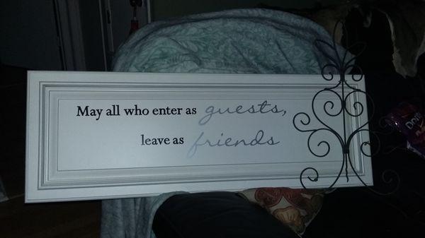 Friends & Guests Decor