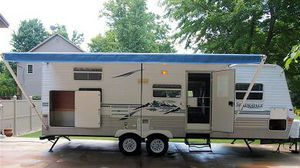 Perfect for the family 2003 Keystone Springdale Travel Trailer for Sale in Pittsburgh, PA