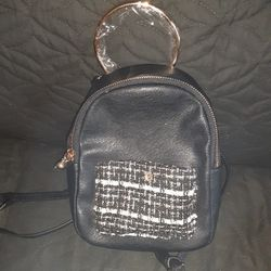 SMALL BACK PACK for Sale in Washington,  DC