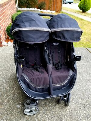 Graco FastAction Fold Duo Click Connect stroller for Sale in Lynnwood, WA