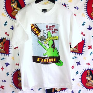 VTG 1992 Hershey's 5th Avenue Single Stitch T-shirt Large in size for Sale in Reisterstown, MD