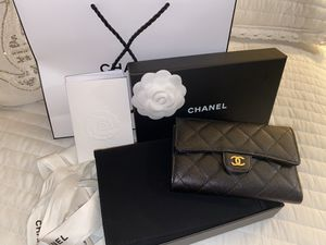 Used Chanel black wallet for Sale in Columbia, MD