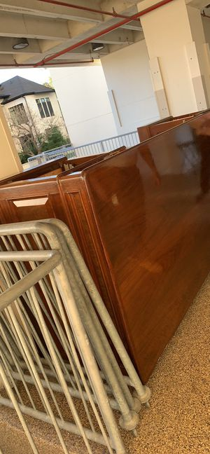 Big desk for Sale in Houston, TX