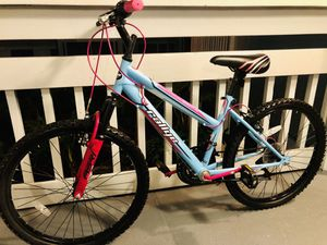 🔥Like New 🔥Montain Bike 🔥- Girls🔥 - $140🔥firm Price for Sale in Aloma, FL