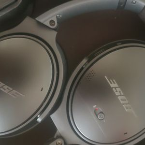 Completely Sanitized QC 35 Latest Model Noise Canceling Headset for Sale in Vancouver, WA