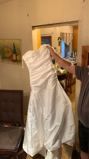 Casablanca wedding dress for Sale in Pomona, CA