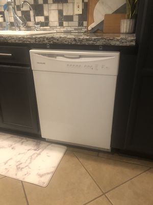 Frigidaire dishwasher for Sale in Vancouver, WA