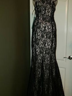 Elegant black lace With a Peekaboo Front Mermaid Gownwi for Sale in Zephyrhills,  FL