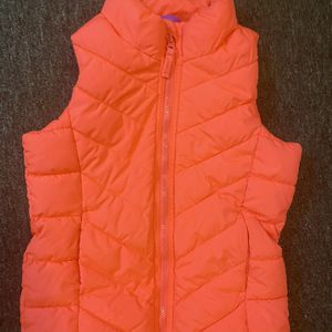 Medium Old Navy Puffer Best-girl Youth for Sale in Chillicothe, OH