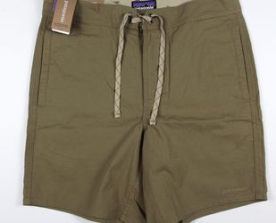 NEW Patagonia Mens Stretch All-Wear Hybrid 18in. Shorts Ash Tan Sz 34 for Sale in Midway City,  CA