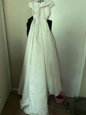 Ivory White Size 14 Off-Shoulder Wedding Dress for Sale in Nashville, TN