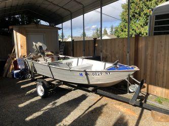 12ft Aluminum Boat/ 8hp Honda engine for Sale in Mill Creek,  WA