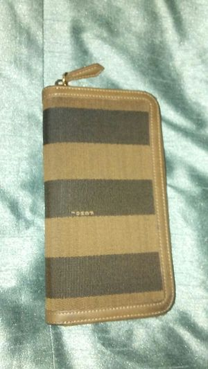 FENDI WOMENS WALLET for Sale in Tacoma, WA