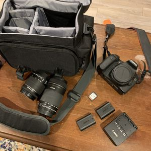 Canon 70D bundle for Sale in Calverton, MD