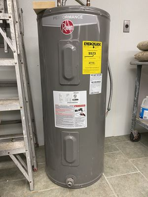 Rheem Hot Water Heater for Sale in Point Judith, RI