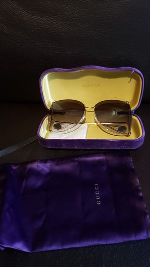 Gucci womens sunglassess for Sale in Pittsburgh, PA