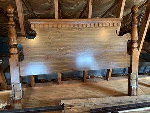 Headboard and Footboard for queen bed for Sale in Hammonton, NJ