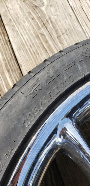 R17 4lug universal trade only!!!! for Sale in Jackson, NJ
