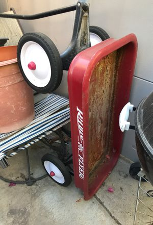 Radio flyer wagon for Sale in Moreno Valley, CA